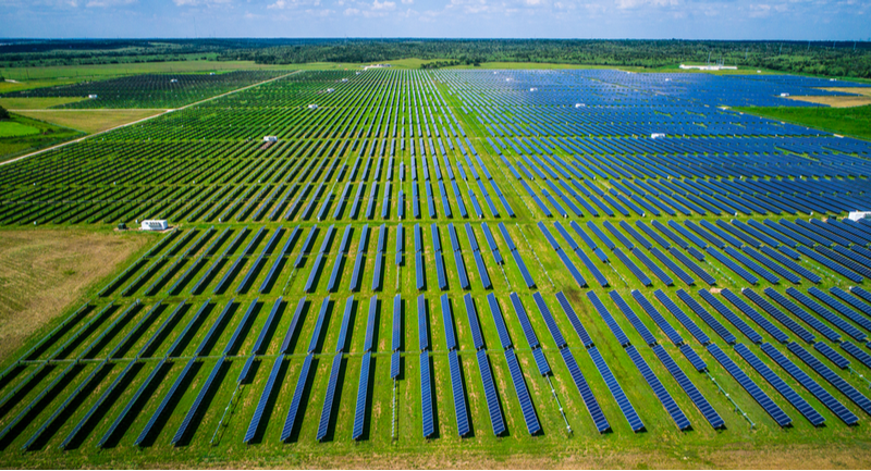 Farmlands provide the perfect environment for solar panels, a new study says.